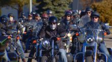 Edmonton bikers support teenager struggling with severe mental illness