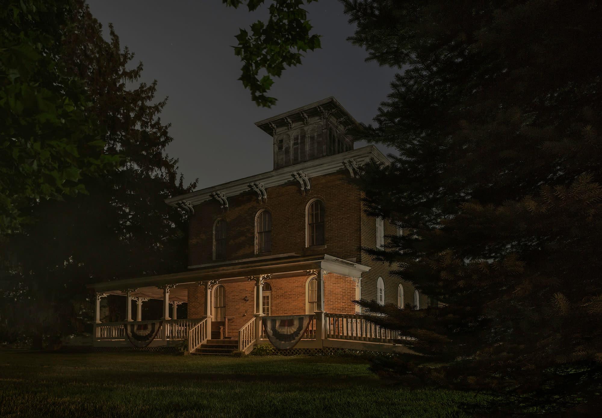 <p>Erastus Farnham House, south of Fremont, Indiana. (Photograph by Jeanine Michna-Bales) </p>