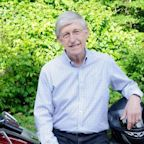 Francis Collins Relies on Science and Faith