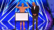 Naked Magician Shows Howie Mandel His Magic Trick