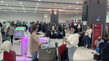 Virgin Australia outage leaves passengers stranded