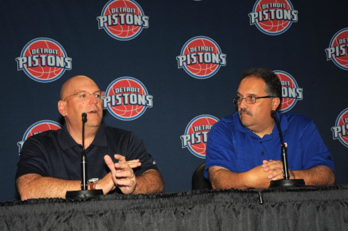 Pistons introduce Jeff Bower as new GM