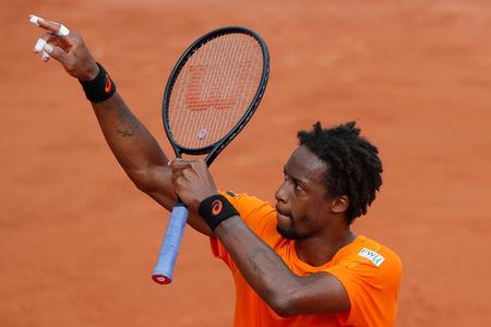 french hopes on the rise as monfils gasquet cruise into third round. Black Bedroom Furniture Sets. Home Design Ideas