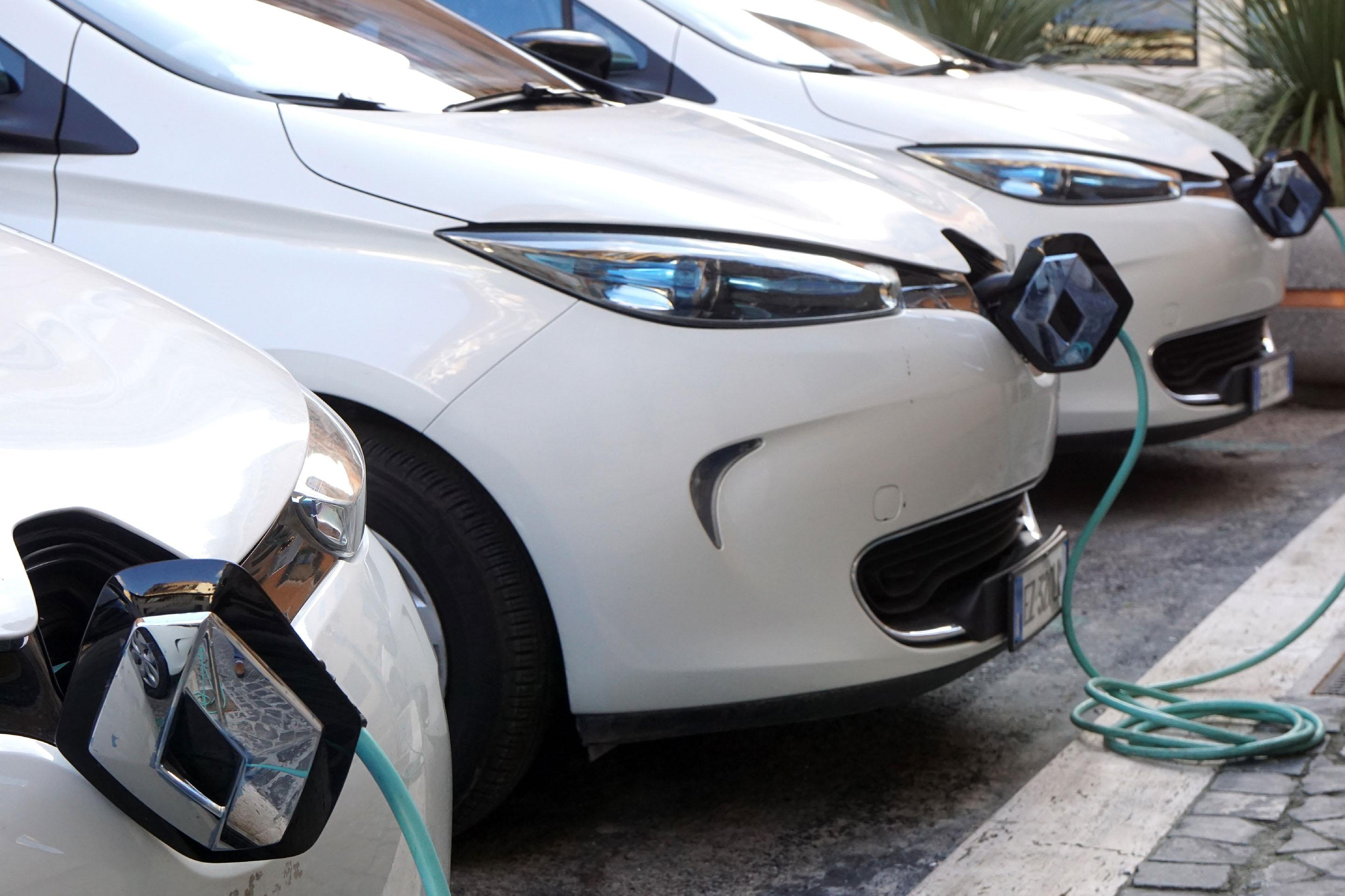 Germany plans one million electric car charging points by 2030