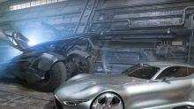 蝙蝠俠於《正義聯盟》之中除了蝙蝠車之外仲有部特別版Benz