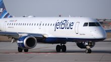 Brooklyn mother traveling with 6 children forced off JetBlue flight when her 2-year-old daughter wouldn't wear mask