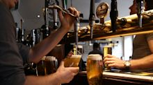 One in seven UK restaurant and hotel staff receive no paid holiday