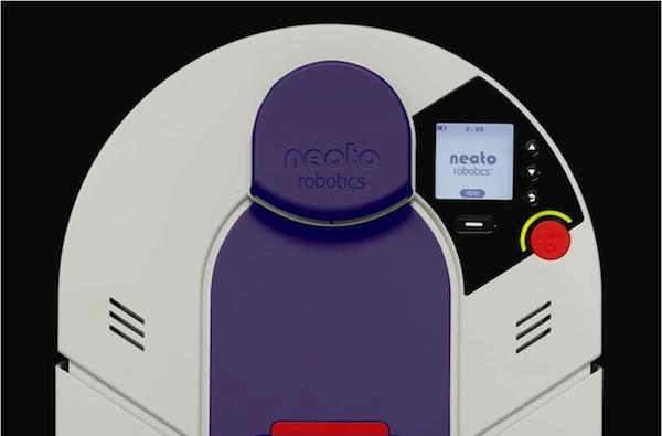 Neato Robotics' XV-21 vacuum sucks up pet hair and allergens, looks like a new-age SNES