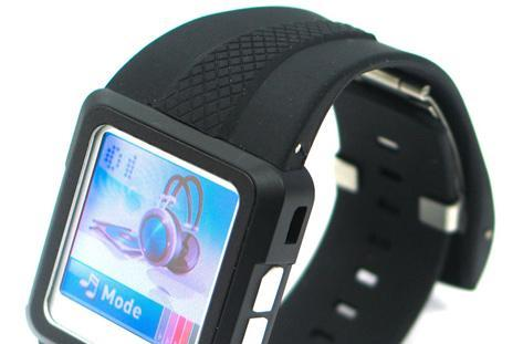 Thanko brings MP4 watch to market
