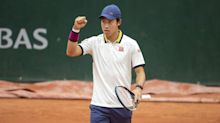 Kei Nishikori reaches 2nd round of French Open