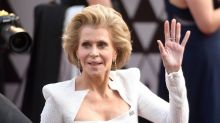 Jane Fonda, 80, 'brings sexy back' at 2018 Oscars