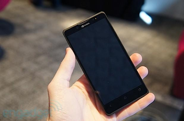 NVIDIA Tegra 4i Phoenix reference phone hands-on (video)
