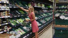 Los viejos pero renovados trucos de los abuelos que sirven para ahorrar al hacer la compra