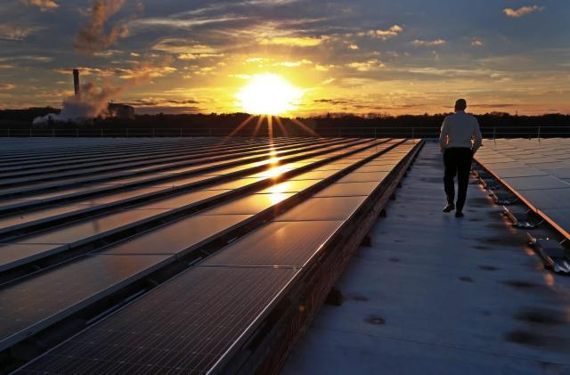 Trump's new solar tariffs could kill 23,000 US jobs