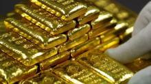 Gold snaps losing run after Trump slams strong dollar