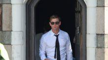 Chris Hemsworth ya se viste de negro en el rodaje de la nueva Men in Black