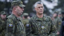 Kosovo adota Exército para afirmar sua soberania