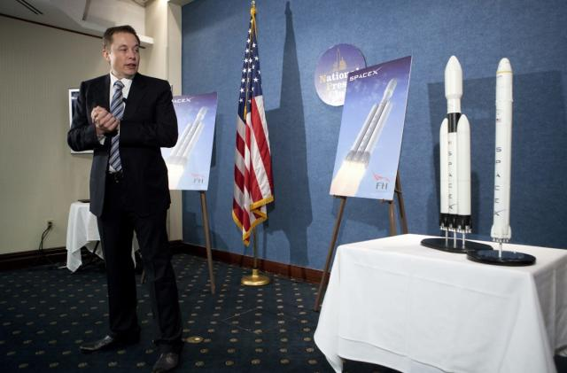 Elon Musk wants to get to Mars before we nuke ourselves