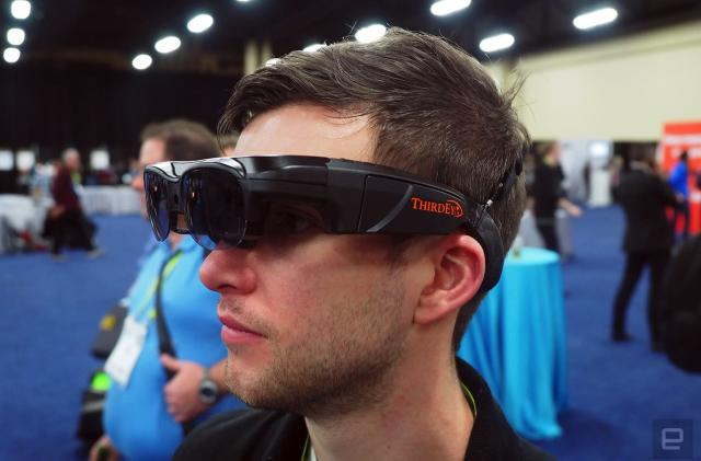 ThirdEye's AR glasses come with massive swappable batteries
