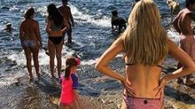 Roxy Jacenko flaunts bikini body