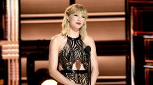 Gallery: Onstage at the 50th Annual CMA Awards