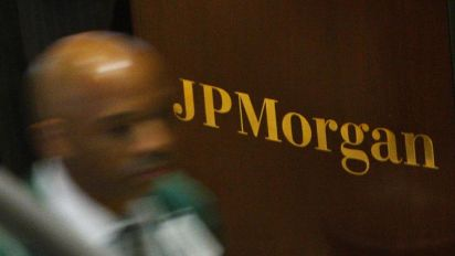 Stocks rally, JPMorgan shares jump 3%