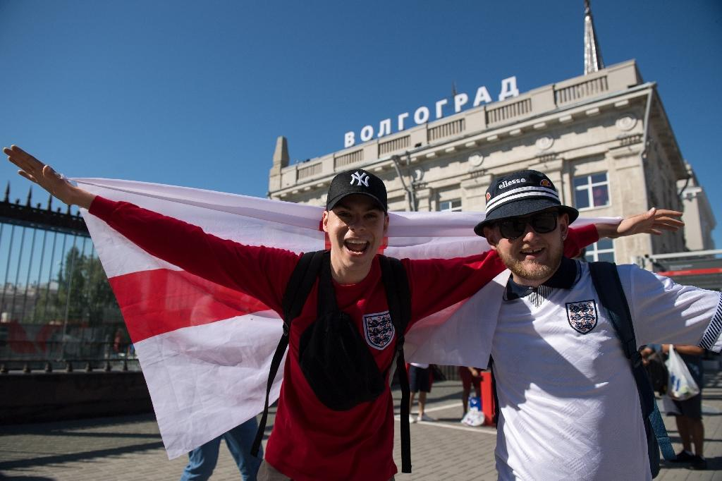 England Fans Fight Bugs In Volgograd