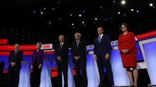Democrats tackle health care, trade and Mideast in Iowa presidential debate: live blog