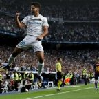 Real Madrid brush aside Barcelona to secure Supercopa glory