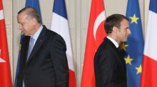 """Turquie: Macron déplore le """"comportement"""" belliqueux d'Erdogan et souhaite que les """"choses s'apaisent"""""""