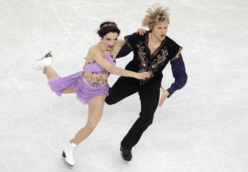 Davis, White to skip 2014-15 figure skating season