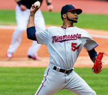 MLB: Santana helps Twins pull off rare feat against Indians, Dodgers win 10th straight