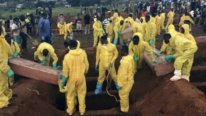 Death toll rises to nearly 500 in Sierra Leone mudslides