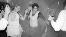 Adele comemora 30 anos com festa temática de 'Titanic'