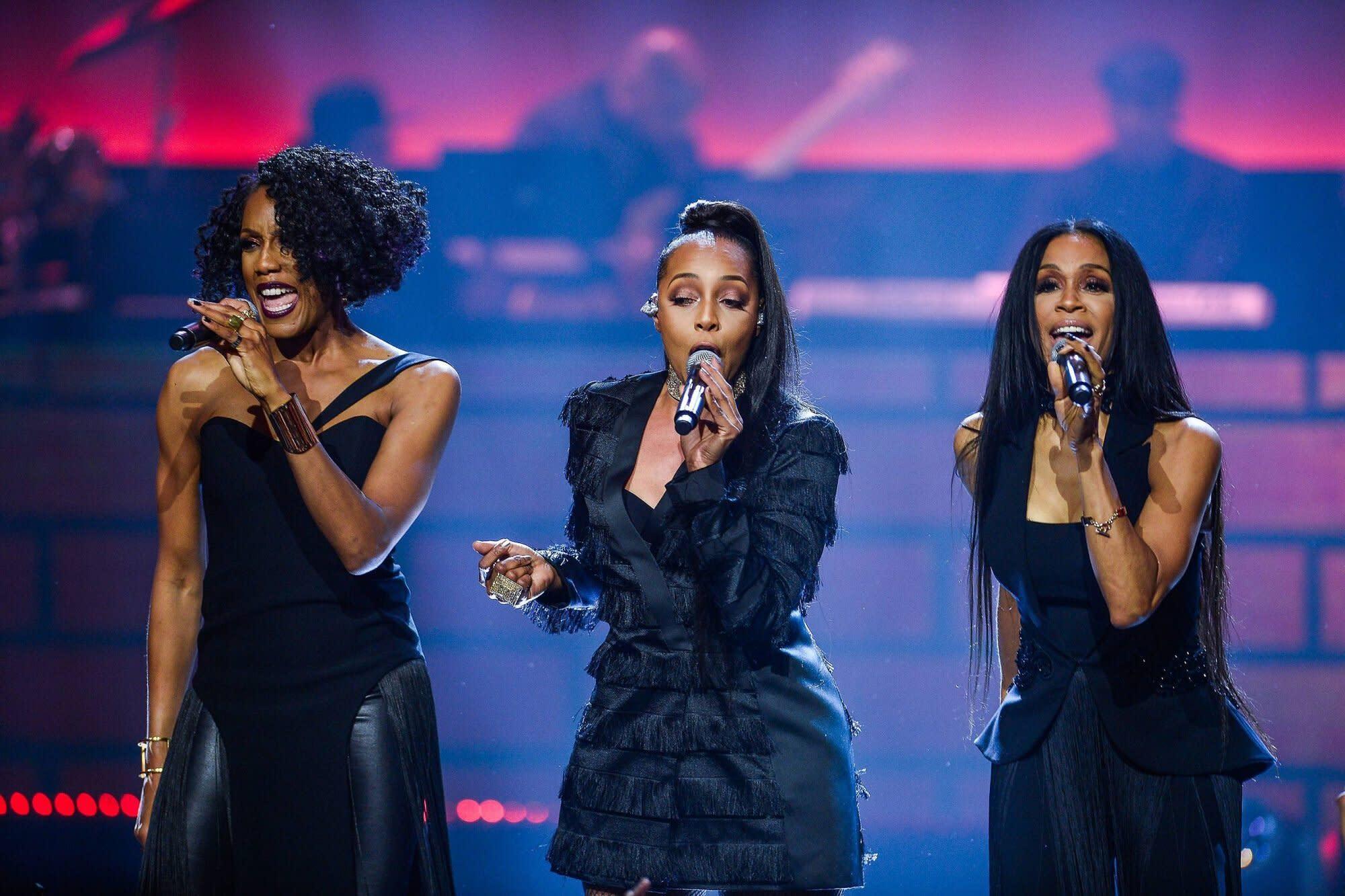 En Vogue reunite at Billboard Music ...