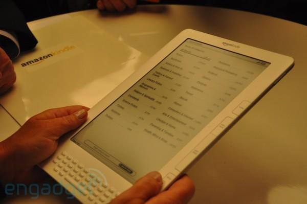 Amazon Kindle DX first hands-on (with video!)
