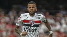 Dani Alves desfalca São Paulo por fratura; quais são as opções para Fernando Diniz?