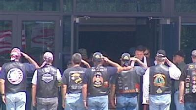 Navy SEAL Gets Show Of Support At Funeral