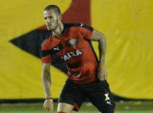 Fred dá receita para o Vitória encarar sequência contra o Bahia