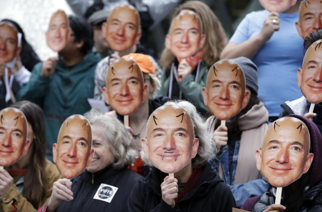 Amazon joins Microsoft in calling for regulation of facial recognition tech