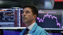 Top economists increasingly predict recession by 2021