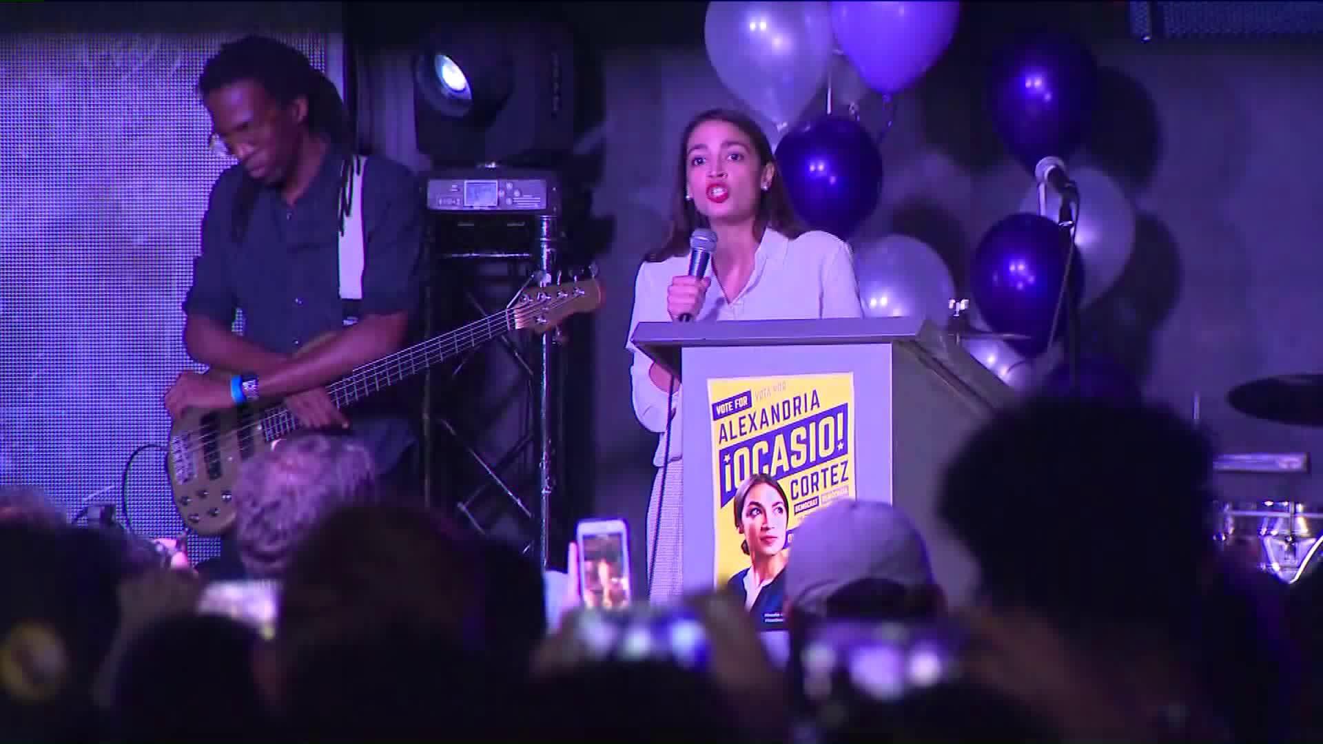 Congresswoman-Elect Alexandria Ocasio-Cortez Can`t Afford Apartment in DC