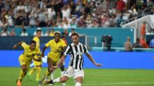 Marchisio brace lifts Juventus to 3-2 win over PSG