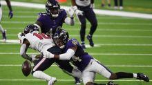 Ravens All-Pro cornerback Humphrey signs 5-year extension