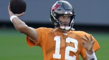 Brady feels at home during scrimmage in Buccaneers stadium