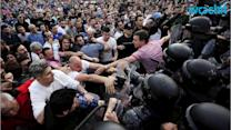 Macedonian Protesters Demand Resignation of Cabinet, Clash With Police