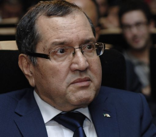 Algeria urges OPEC decision to stabilise oil price