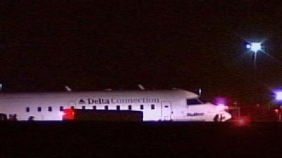 Passengers Thankful After Emergency Landing in Milwaukee