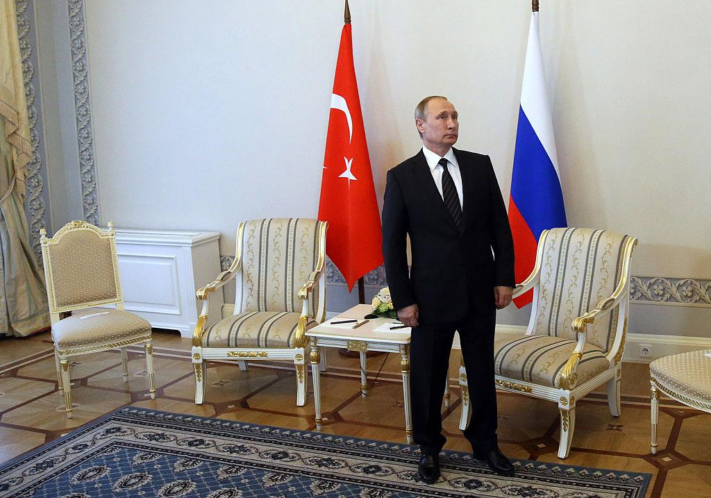 SitRep: Turkey, Russia Planning Joint Ops in Syria; Crimea on the Edge