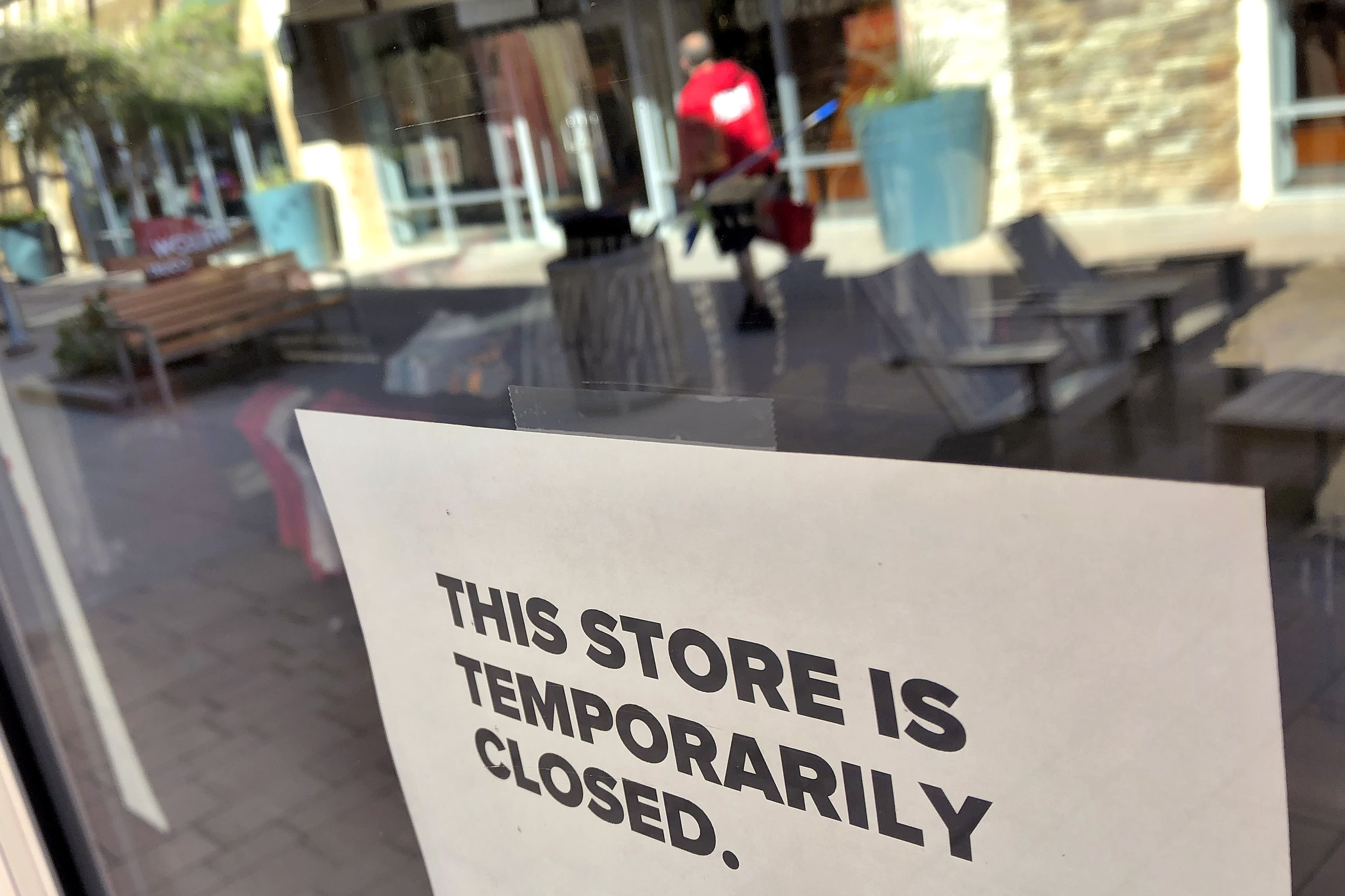 Store closures and reduced hours (Updated)